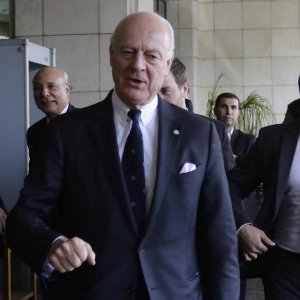 UN Syria envoy Staffan de Mistura arrives for a meeting with Syrian Foreign Minister Walid al-Muallem in the capital Damascus on Nov. 20.