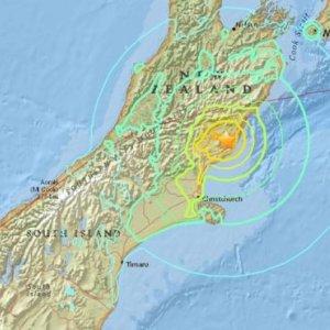 Tsunami Hits Central New Zealand After Quakes