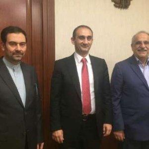 Free Border Crossing for Iranian, Armenian Motorists