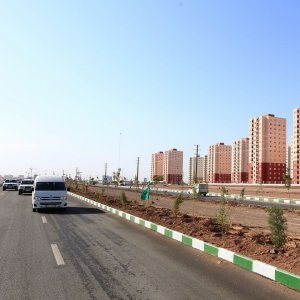 Despite the economic difficulties, the government managed to complete the construction of 800,000 Mehr housing units in the past three years