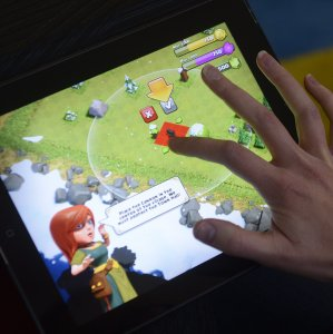 Youngsters between ages 15 and 20 have had the largest share among Clash of Clans players.