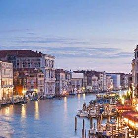 Tourism Driving Venetians Out