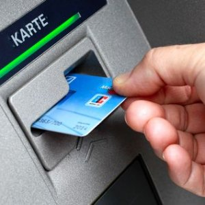 Emiratization Drive for UAE Banking Sector
