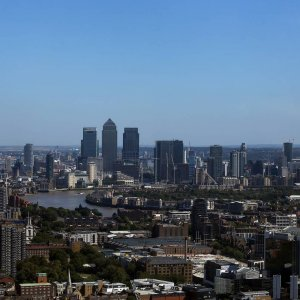 UK Growth Unrevised at 0.5%