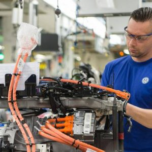 VW to Cut 30,000 Jobs
