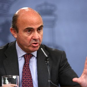 Spain Urges Europe to Focus on Trade, Banking