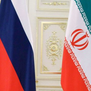 Tehran, Moscow Sign Deal for Visa-Free Travel