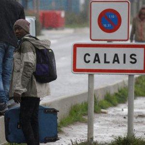 "Aid groups Warn Over Calais ""Jungle"" Camp"