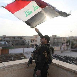Iraq Storms Main Christian Town Near Mosul
