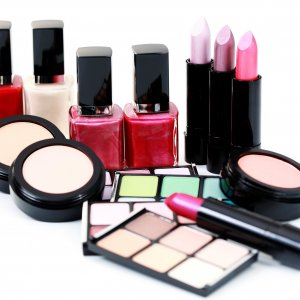 Around 70% of cosmetics imports to Iran are smuggled.