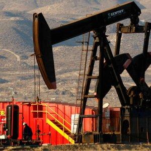 Maduro Due  in Tehran  for Oil Talks