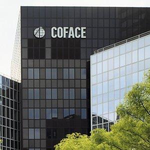 Big Insurers Cautiously Rebuilding Business Ties