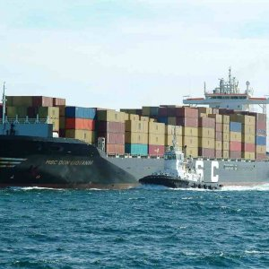 Egypt Imports  Fall, Exports Rise