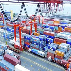 Oman Focus on Non-Oil Sector