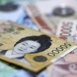 South Korea Economy Touches New Low