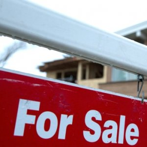 Home sales fell 32.6% on a year-to-year basis in September.