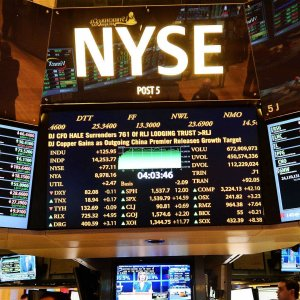 Uneasiness Grips Global Markets