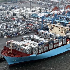 Maersk Line Resumes Service to Iran