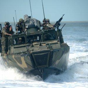 More US Sailors Disciplined in Iran Boat Seizure