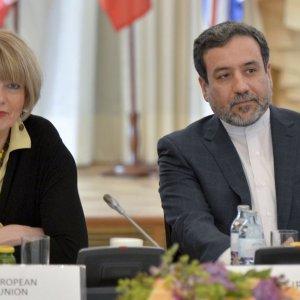 Araqchi, EU's Schmid Meet on JCPOA Implementation