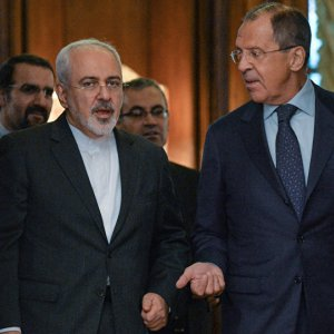 Zarif, Lavrov Discuss Ties, Region