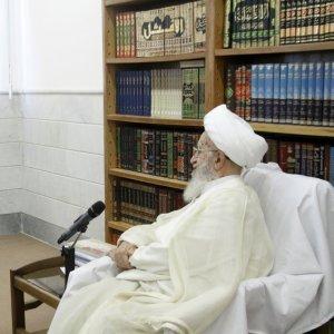 Grand Ayatollah Nasser Makarem-Shirazi (R) receives presidential chief of staff, Mohammad Nahavandian, in Qom on Aug. 27.