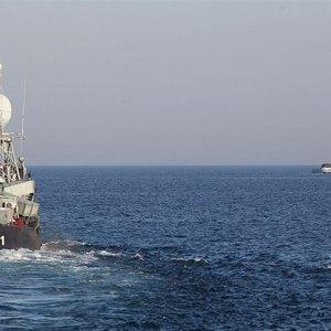 Navy Thwarts Pirate Attack in Bab-el-Mandeb