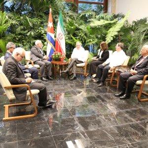Cuban President, Zarif Discuss Ties, Int'l Issues