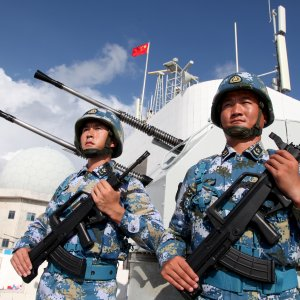 "China Says ""No Fear of Trouble"" in S. China Sea"