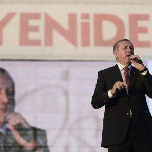 Erdogan Rejects EU Demands to Change Terror Laws