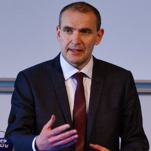 Johannesson Set to Win Iceland's Presidential Election