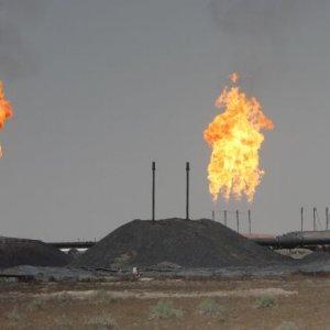 IS Militants Storm Iraq  Gas Stations
