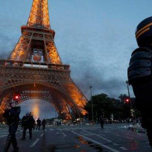 Paris Police Make 40 Arrests in Euro 2016 Riots