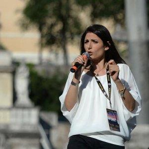 Raggi Set to Become Rome's 1st Female Mayor