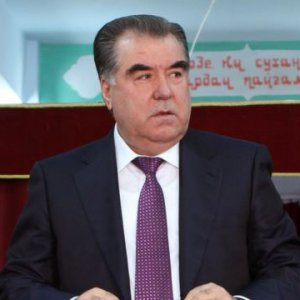 Tajiks Vote in Referendum on Banning Religious Parties