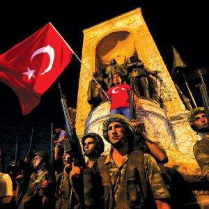 Erdogan Slams West for Lack of Solidarity