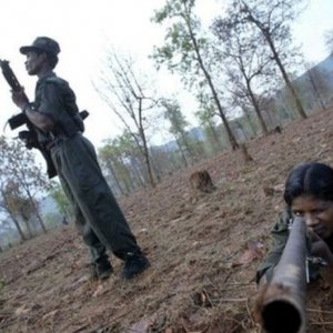 Indian Rebels Kill 10 Soldiers in Bihar