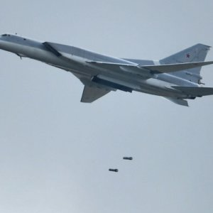 Russian Bombers Destroy 2 IS Command Centers