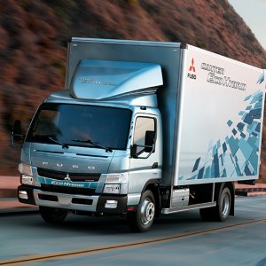 Daimler No Pushover for China in Iran Market