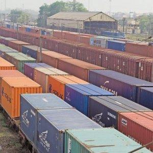 Cross-Border Rail Transit Below Capacity