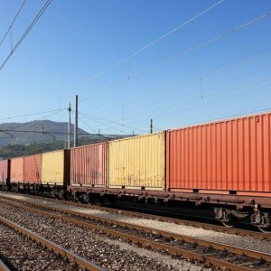 Cross-Border Rail Transit Up 95%