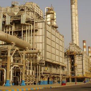 Iran's Abadan Refinery Output at 364,000 bpd