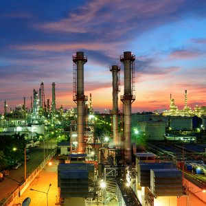 Iranian Gov't to Approve New Oil Contracts