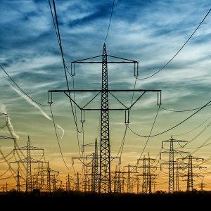 Iran Resumes Electricity Supply to Iraqi City