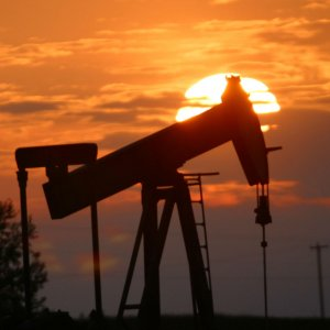 Brent Crude Prices Fall 2%