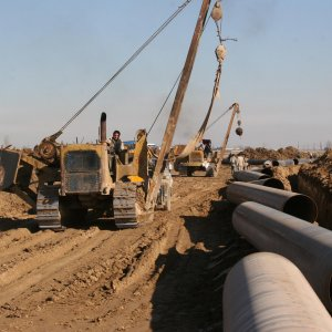 Finance Key to Renovating Oil Pipelines