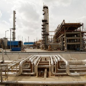 Renewal of Iran's Oil, Gas Sector After Easing of Restrictions