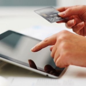 Global Reconnect Kindles Iran Payment Industry