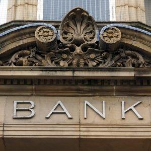 Iran Market Attractive, But Banking Hurdles Persist