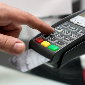 Iran Eying Transition to EMV Chip Cards